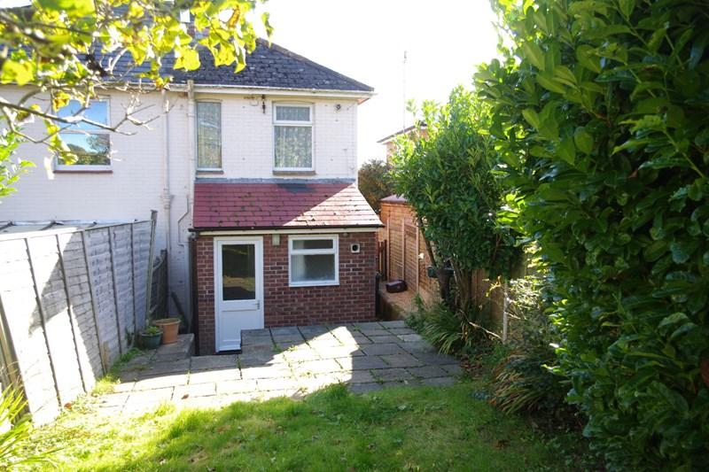 2 Bedrooms Semi Detached House for sale in St Andrews Road, BRIDPORT