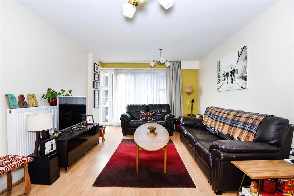 2 Bedrooms Flat for sale in Neptune Way, Southampton, Hampshire, SO14