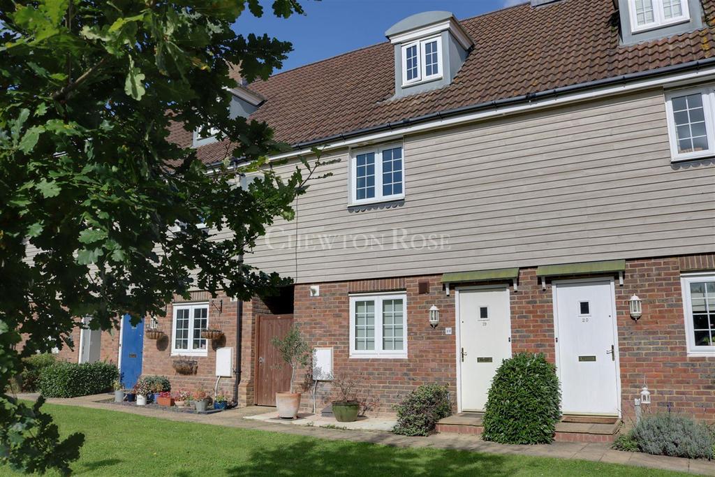 3 Bedrooms Terraced House for sale in Lamberhurst, Tunbridge Wells, Kent. TN3