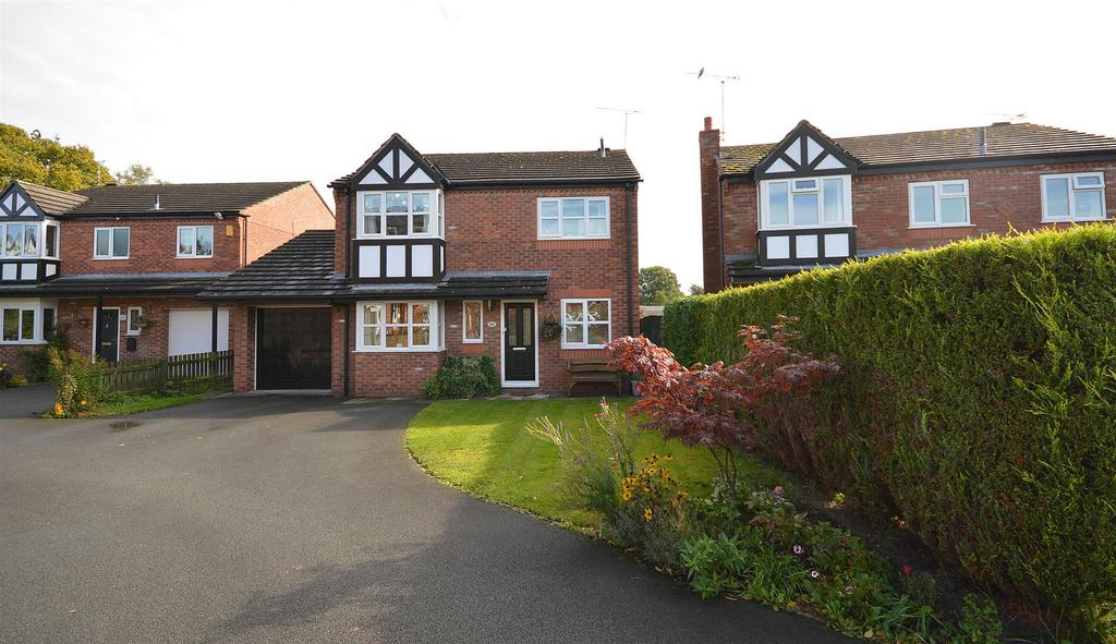 4 Bedrooms Detached House for sale in St. Matthews Close, Haslington