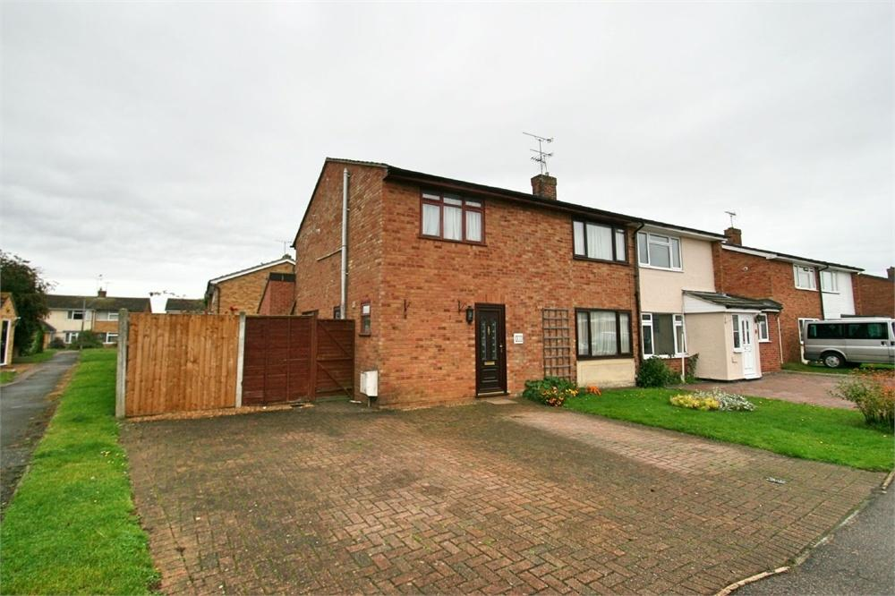 5 Bedrooms Semi Detached House for sale in Muscade Close, Tiptree, Colchester, Essex