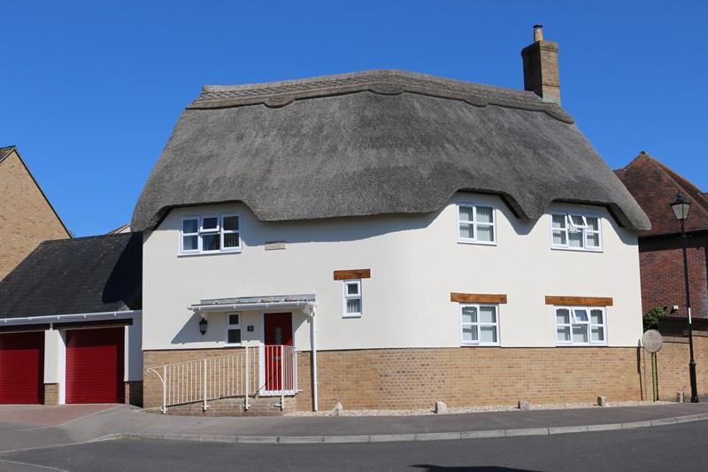 4 Bedrooms Detached House for sale in Applefield Road, Drimpton, Beaminster