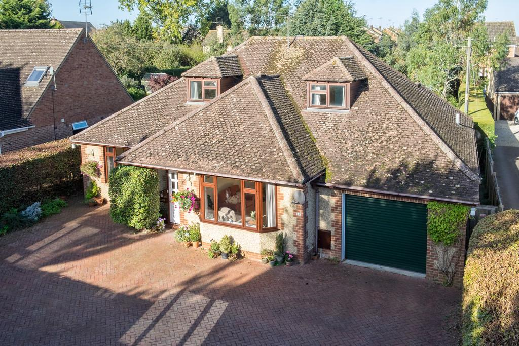 5 Bedrooms Detached House for sale in Faringdon