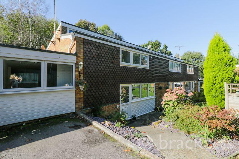 3 Bedrooms Terraced House for sale in Ashdown Close, Tunbridge Wells