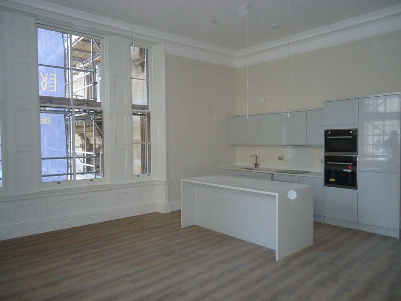 2 Bedrooms Apartment Flat for rent in Water Street, Liverpool