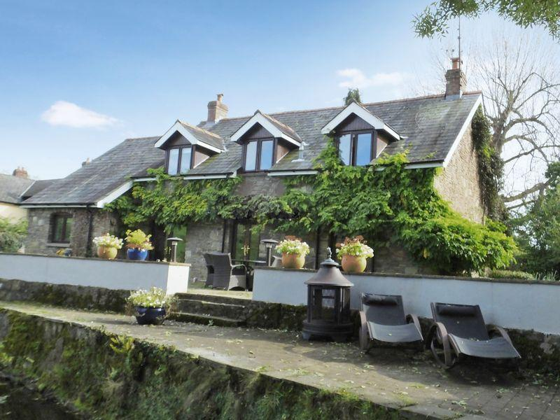 4 Bedrooms House for sale in Llanvapley, Abergavenny