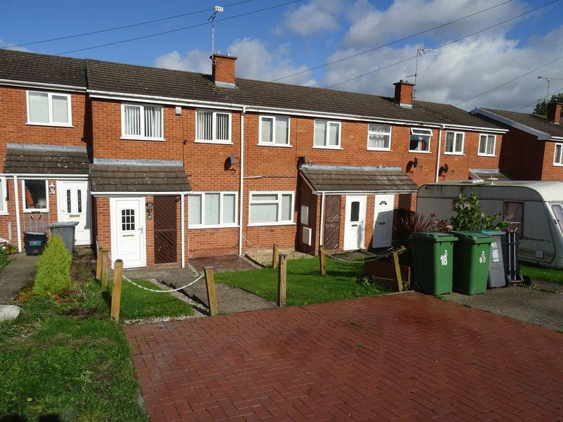 2 Bedrooms Terraced House for sale in Ffordd Mynydd Isa, Wrexham