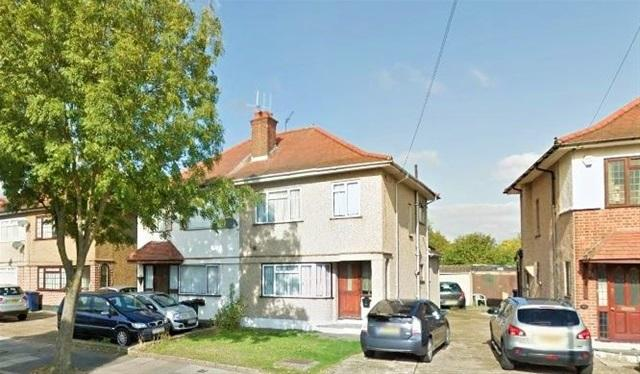 3 Bedrooms House for sale in Kingshill Avenue, Northolt