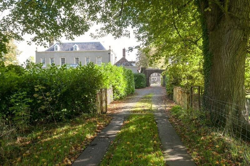 4 Bedrooms House for sale in Butcombe Court, Redhill, Bristol, North Somerset, BS40