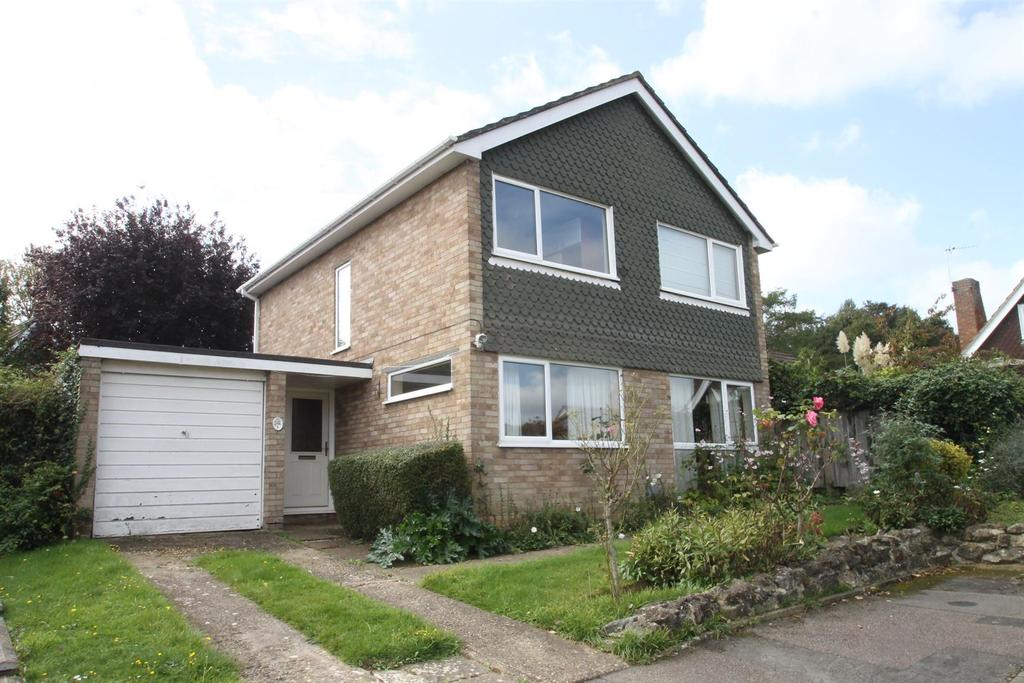 4 Bedrooms Detached House for sale in Amherst Close, Maidstone