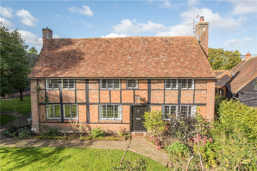 4 Bedrooms Unique Property for sale in Church Way, East Claydon, Buckinghamshire