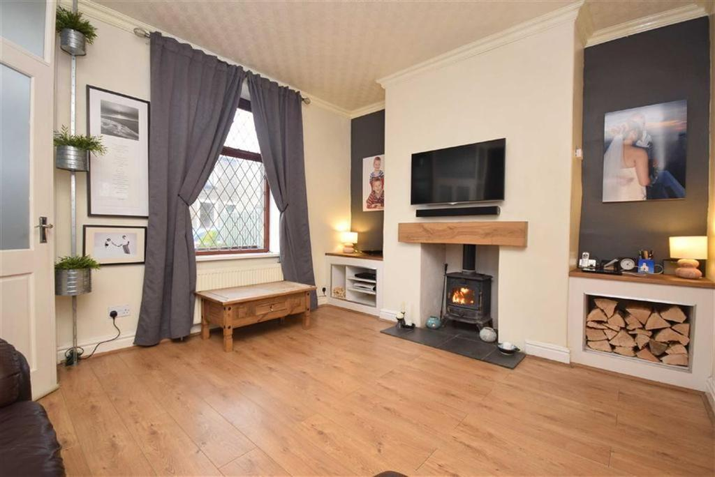3 Bedrooms Terraced House for sale in Warehouse Lane, Foulridge, Lancashire