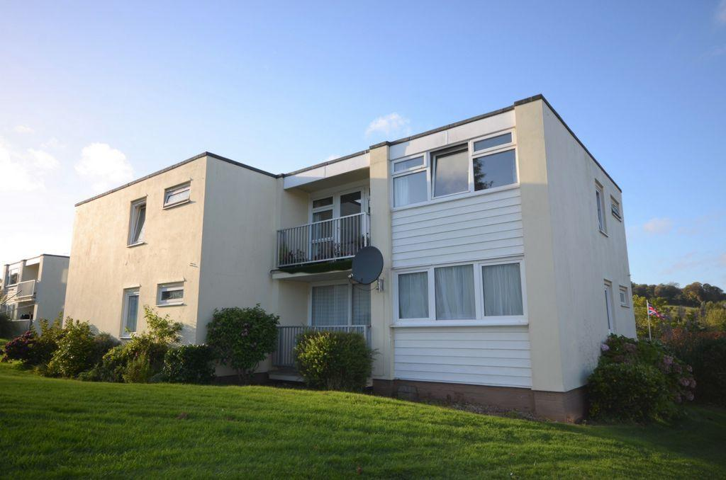 2 Bedrooms Flat for sale in Devondale Court, Dawlish Warren, EX7