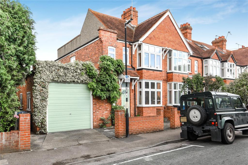 3 Bedrooms End Of Terrace House for sale in Elm Road, Windsor, Berkshire, SL4