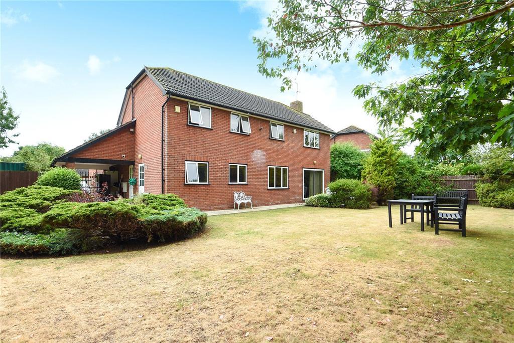 4 Bedrooms Detached House for sale in Errington Drive, Windsor, Berkshire, SL4