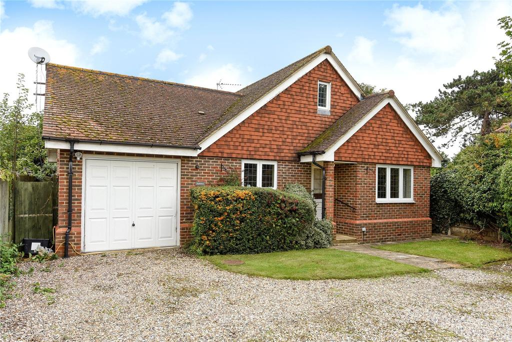 2 Bedrooms Detached Bungalow for sale in Orchard Avenue, Windsor, Berkshire, SL4