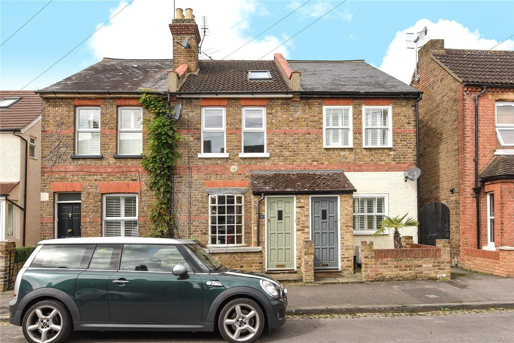 3 Bedrooms Terraced House for sale in Bourne Avenue, Windsor, Berkshire, SL4