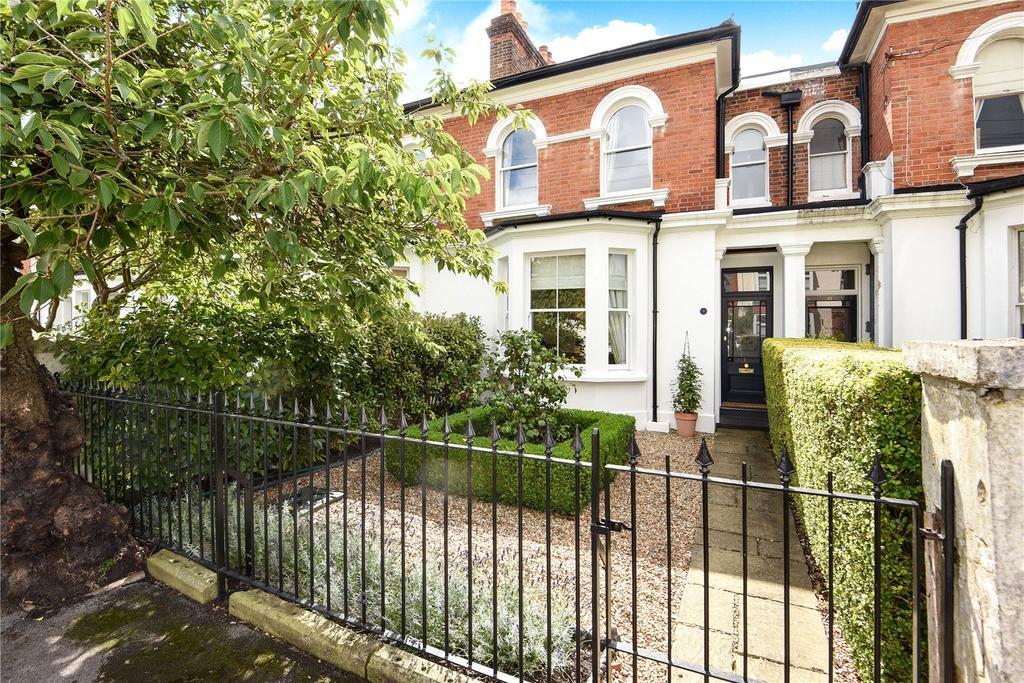3 Bedrooms Terraced House for sale in Grove Road, Windsor, Berkshire, SL4