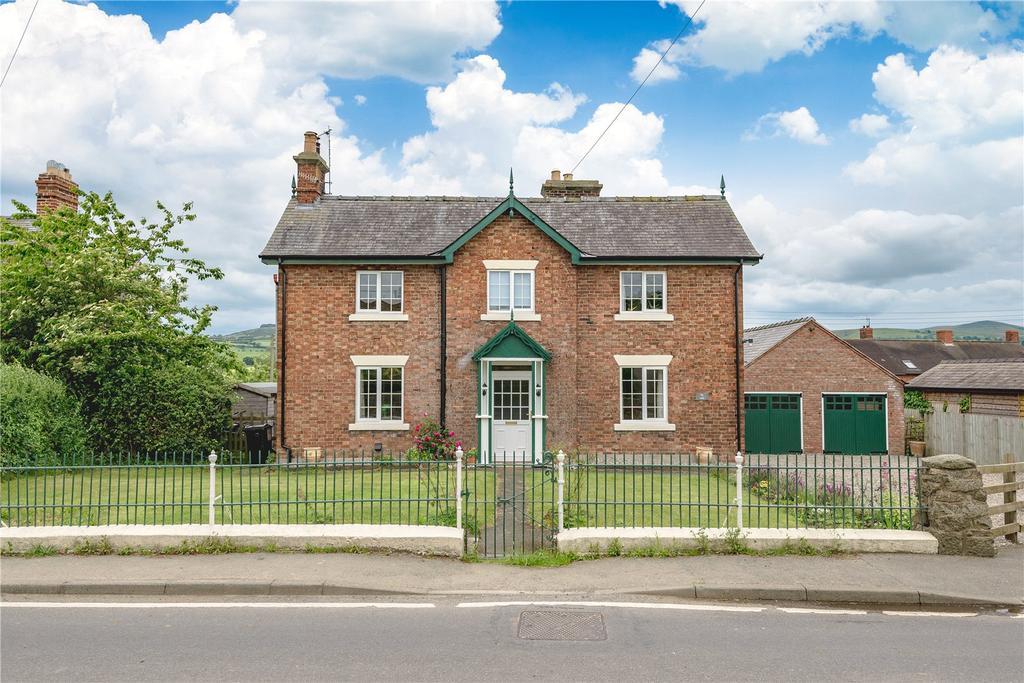 4 Bedrooms Detached House for sale in Marton, Shropshire