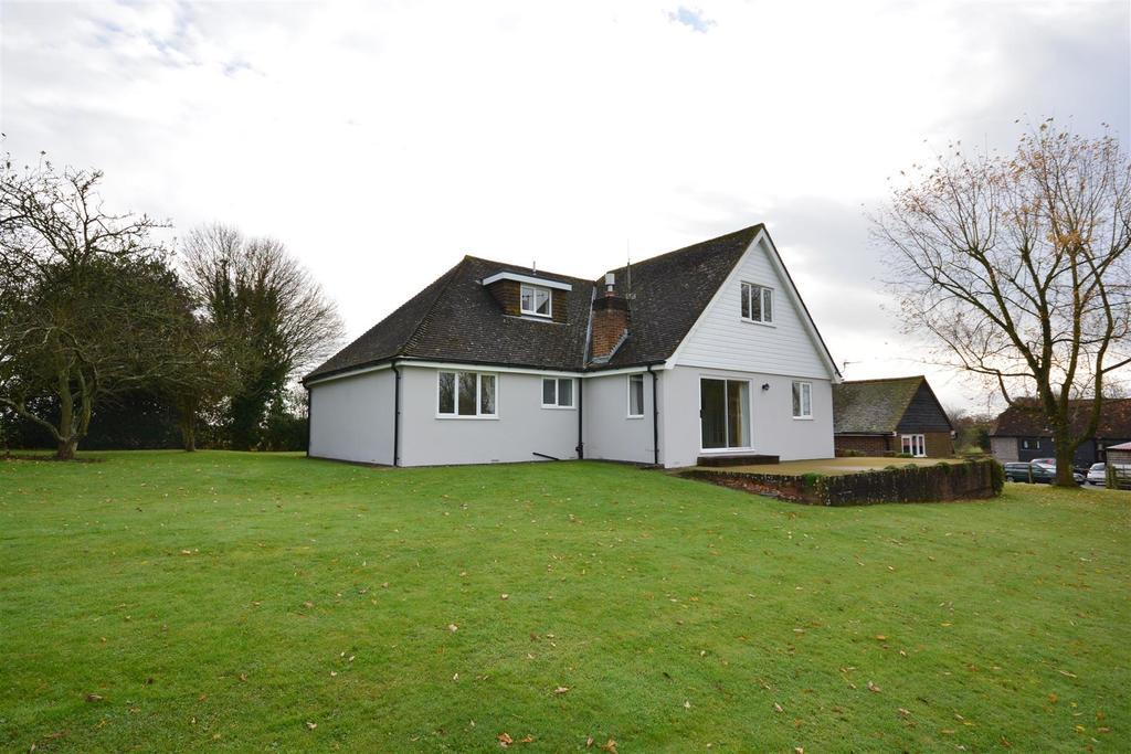 4 Bedrooms Detached Bungalow for sale in Top Road, Hooe