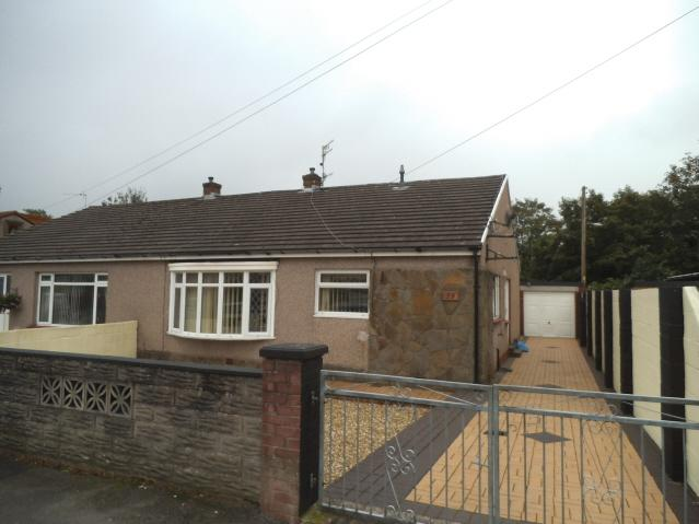 4 Bedrooms Semi Detached Bungalow for sale in Heol Adare, Tondu, Bridgend CF32