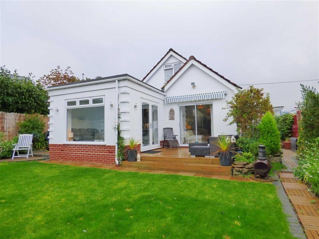 3 Bedrooms Detached House for sale in The Grove, West Christchurch, Christchurch, Dorset