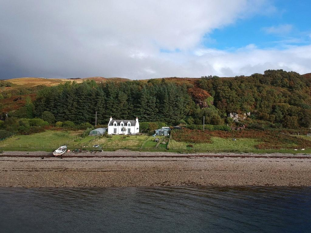 2 Bedrooms House for sale in Isle Of Raasay, Kyle, Highland, IV40
