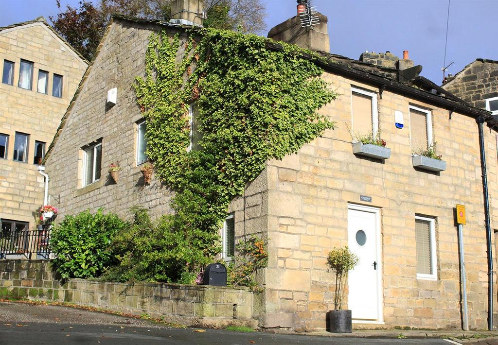 4 Bedrooms Cottage House for sale in Chestnut Cottage, Towngate, Heptonstall, Hebden Bridge