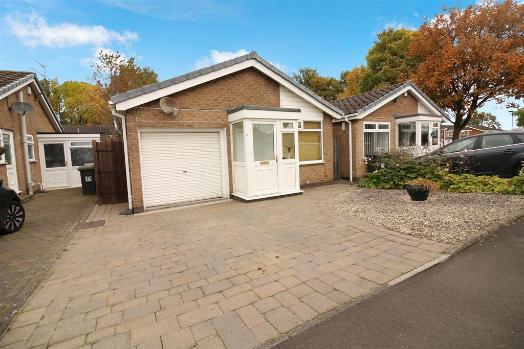 2 Bedrooms Detached Bungalow for sale in Sandford Mews, Wideopen, Newcastle Upon Tyne