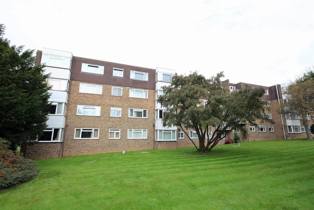 2 Bedrooms Flat for sale in Kingsmere, London Road, Brighton