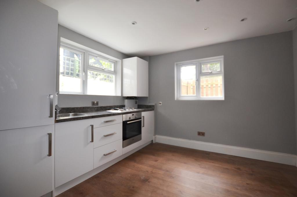 1 Bedroom Flat for sale in Dartmouth Road Forest Hill SE23