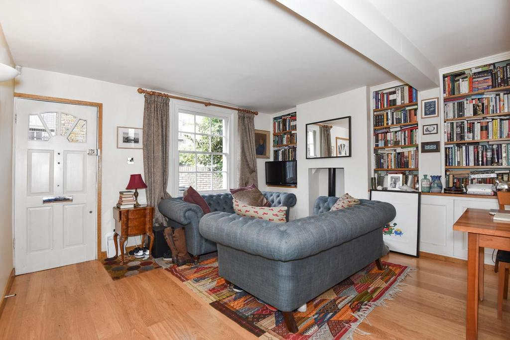 3 Bedrooms Semi Detached House for sale in Lilac Place, Kennington