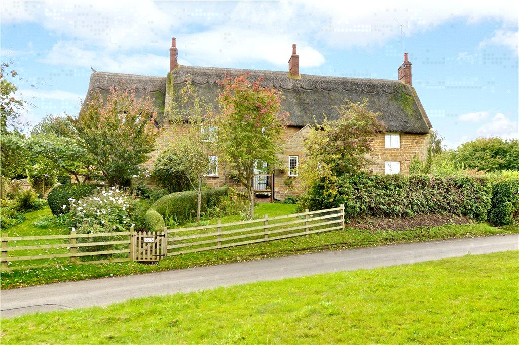 3 Bedrooms Unique Property for sale in Upper Harlestone, Upper Harlestone, Northamptonshire