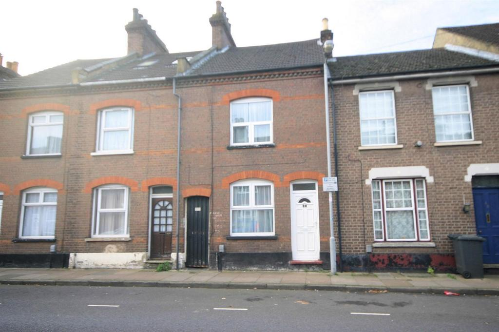3 Bedrooms Terraced House for sale in Hibbert Street, Luton