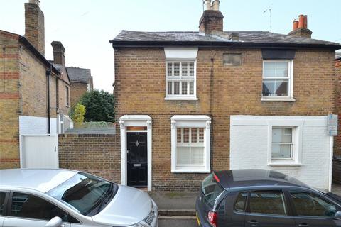 2 bedroom terraced house to rent - Helena Road, Windsor, Berkshire, SL4