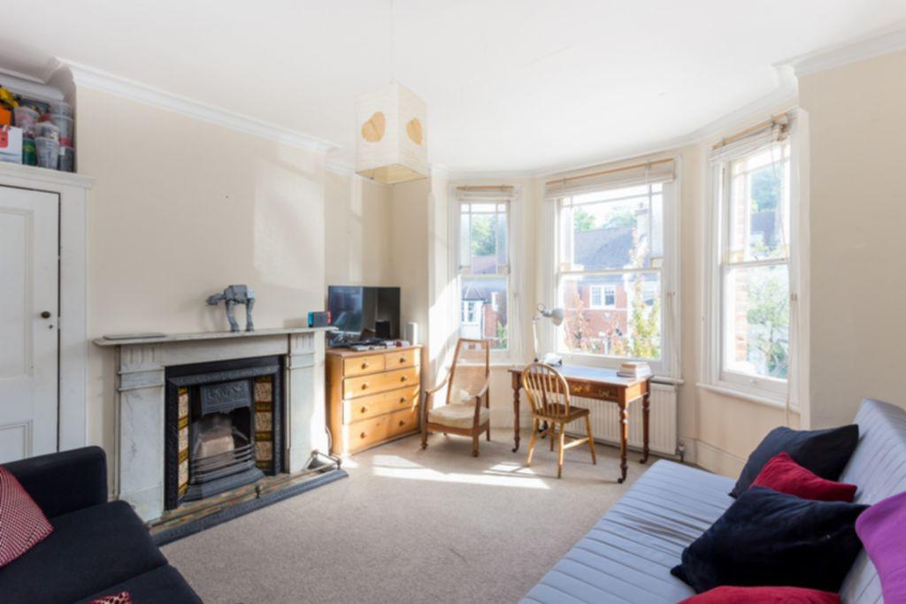 2 Bedrooms Apartment Flat for sale in Glasslyn Road, Crouch End, N8