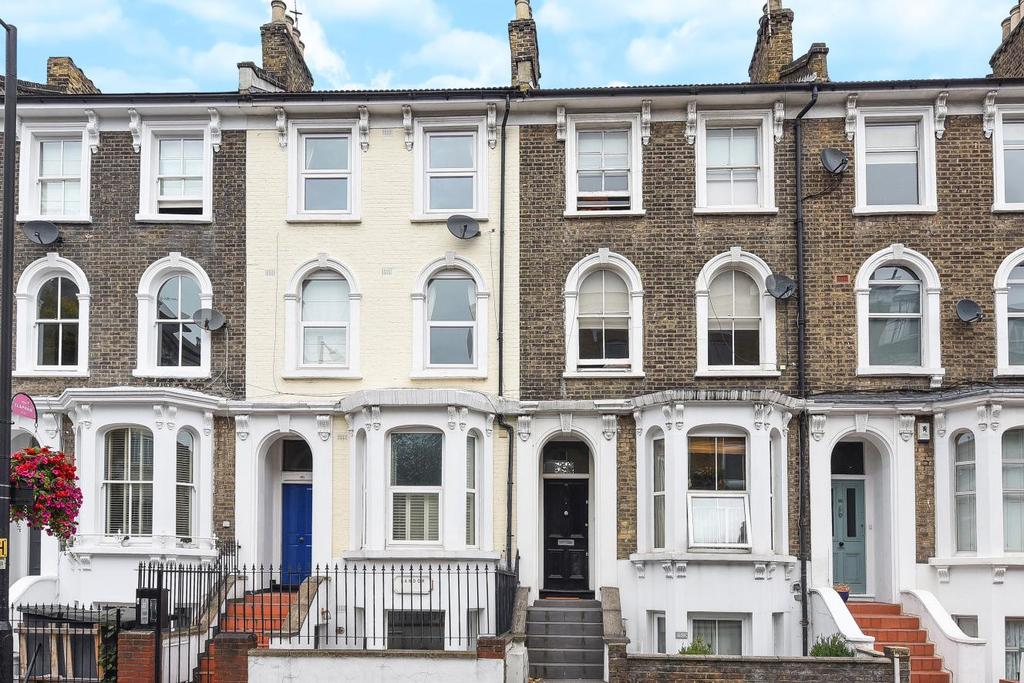 2 Bedrooms Flat for sale in Landor Road, Clapham