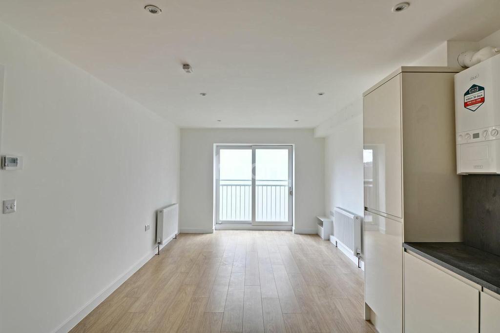 2 Bedrooms Flat for sale in Old Bedford Road, LU2