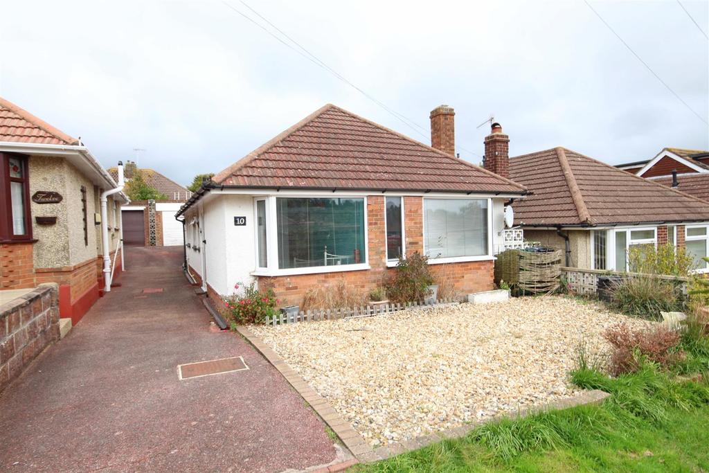 3 Bedrooms Detached Bungalow for sale in Oakdene Avenue, Portslade, Brighton