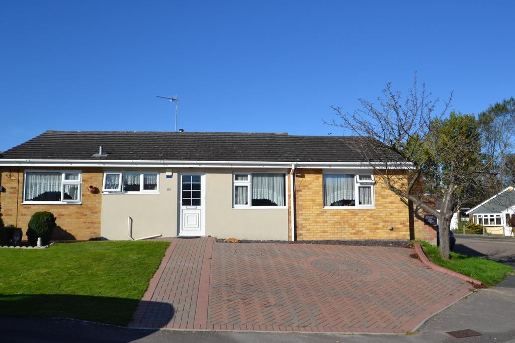 5 Bedrooms Detached Bungalow for sale in Canford Heath