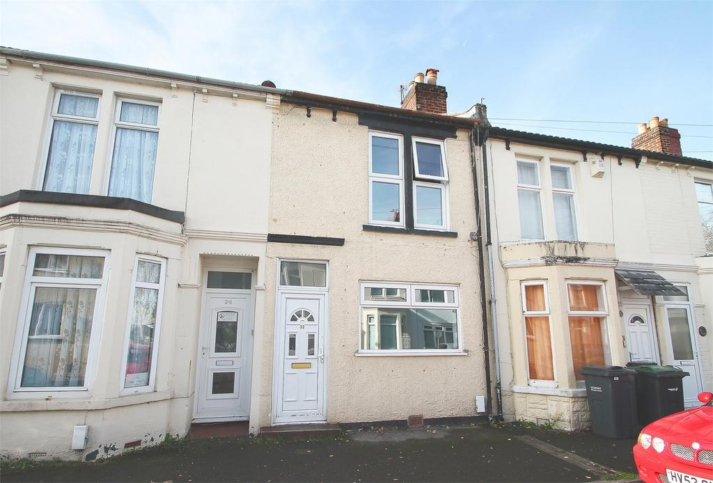 2 Bedrooms Terraced House for sale in St Anns Crescent, Gosport, Hampshire