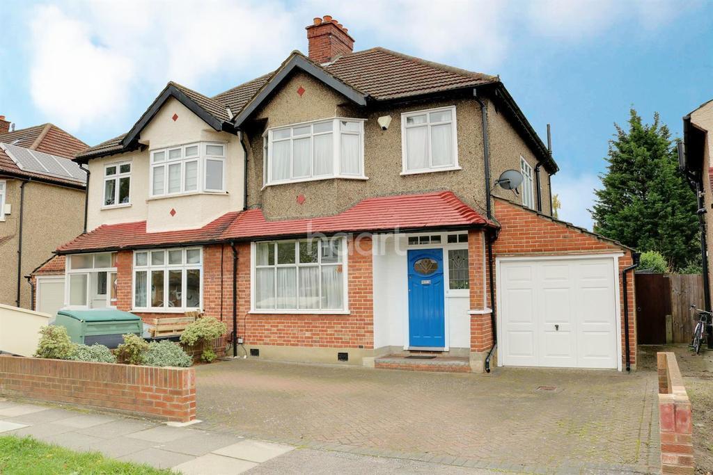 3 Bedrooms Semi Detached House for sale in West Barnes Lane, Motspur Park, Surrey, KT3