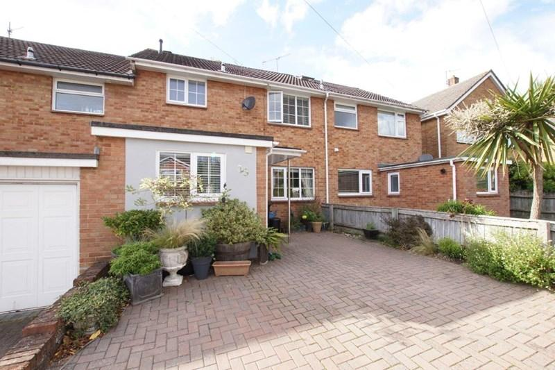 3 Bedrooms Terraced House for sale in Charmouth Grove, Lower Parkstone, Poole