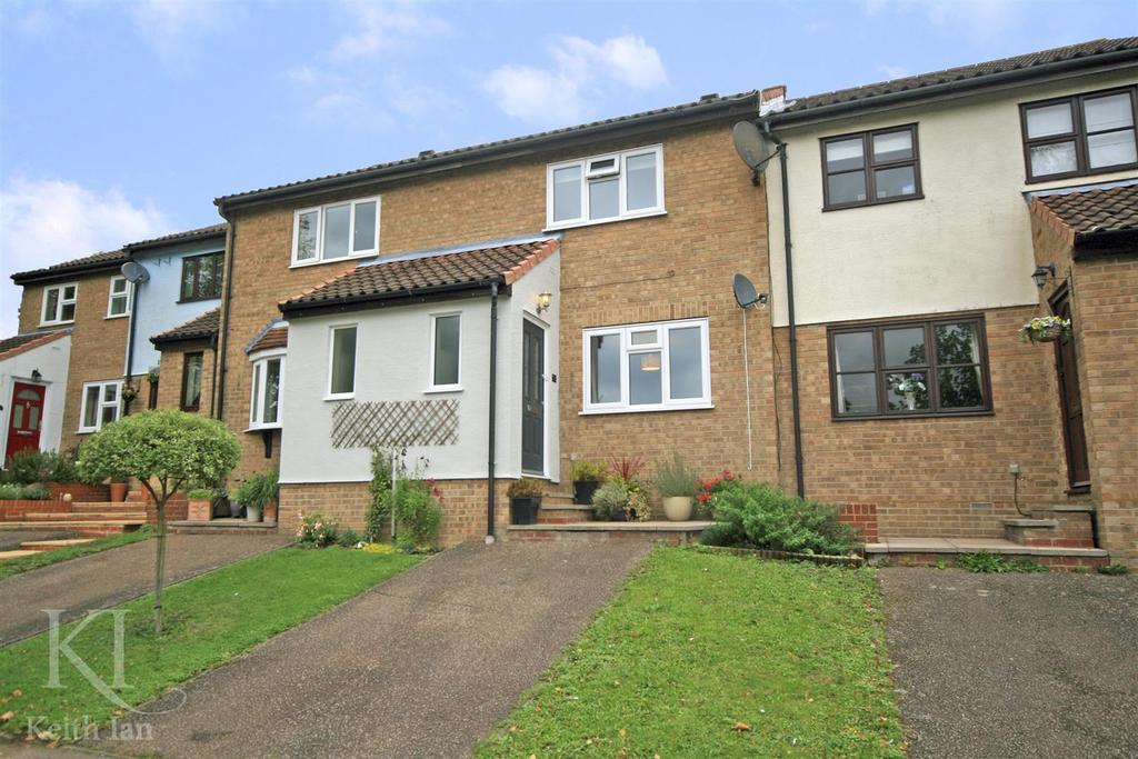 2 Bedrooms Terraced House for sale in Gatesbury Way, Puckeridge