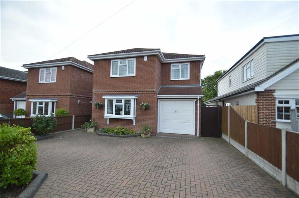 4 Bedrooms Detached House for sale in Albert Road, Ashingdon, Essex