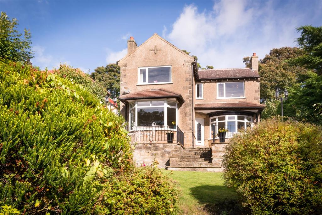 4 Bedrooms Detached House for sale in Hurgill Road, Richmond