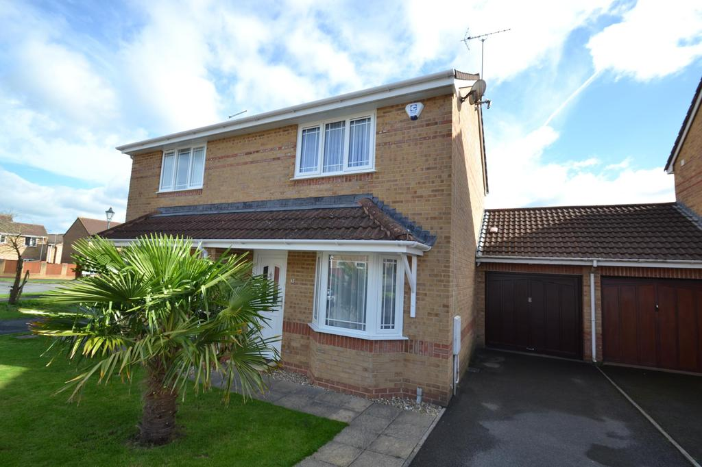 2 Bedrooms Semi Detached House for sale in Wester-Moor Way, Roundswell