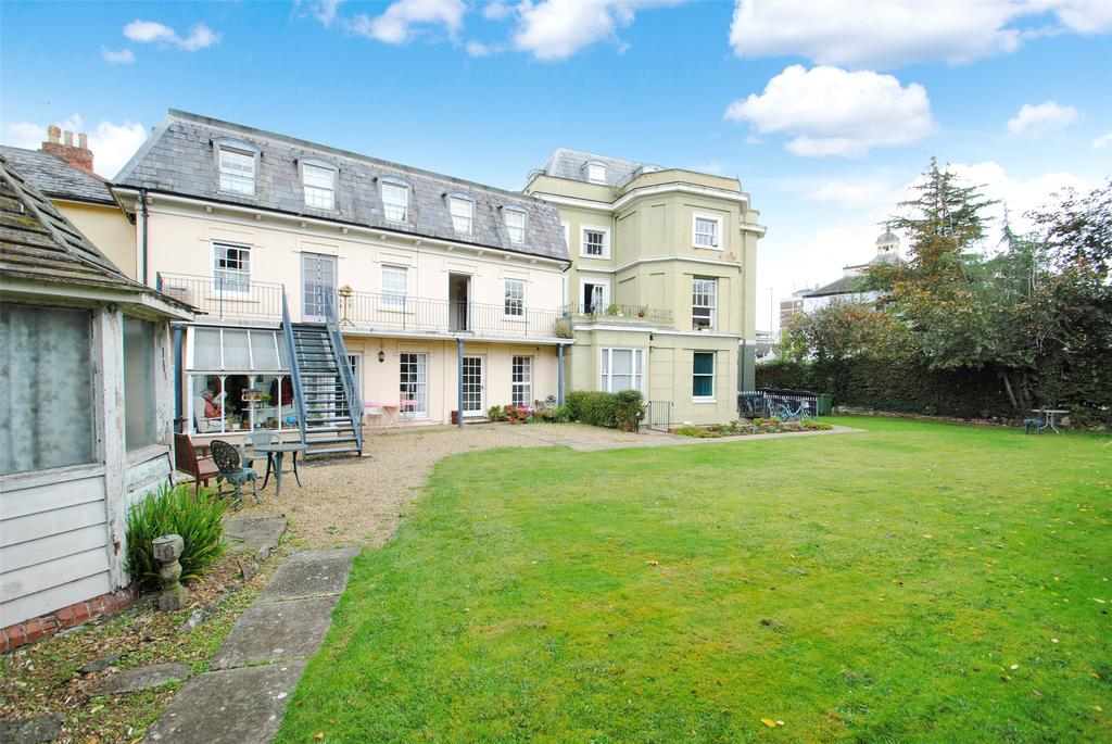2 Bedrooms Apartment Flat for sale in Vivary Gate, Upper High Street