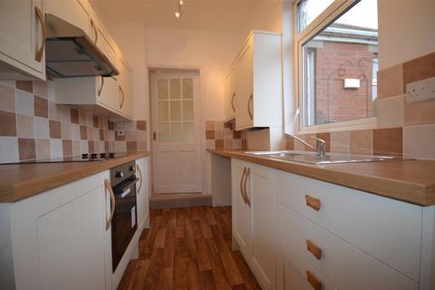 2 bedroom apartment to rent - Deckham