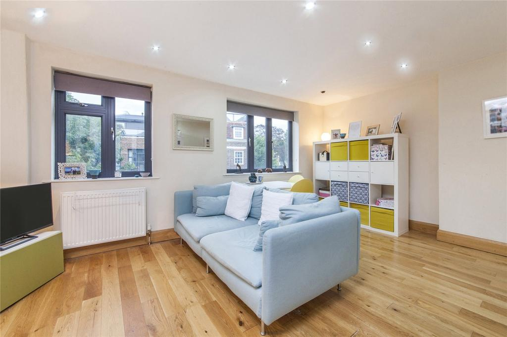 1 Bedroom Flat for sale in The Village, North End Way, Hampstead, London